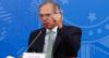 Guedes pede que Bolsonaro vete permissão a reajuste de servidores