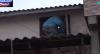 """Foragido tenta escapar pela janela ao ver policiais: """"Eu me assustei"""""""