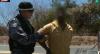 Homem é preso após ameaçar esposa com facão