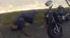 Perseguições policiais: suspeito alta velocidade acaba batendo em muro