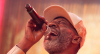 """MC. Catra cantou """"Treme o bumbum"""" em sua última performance na TV"""