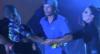 """Ivete Sangalo defende fã que invadiu o palco em show: """"Solta ele"""""""