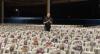 Padre Marcelo Rossi realiza missa com fotos dos fiéis nas cadeiras