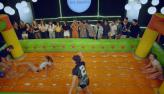 Gatas levam a melhor em partida equilibrada no futebol de sabão