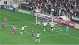 Corinthians faz 3 a 0 no Bahia e segura a liderança do Brasileirão