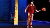 Cássio Scapin revive aprendiz de feiticeiro na peça