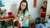 Aprenda manobra que pode salvar beb� asfixiado
