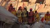 Duas pessoas s�o resgatadas com vida sob escombros em Taiwan