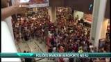 Foli�es invadem o sagu�o do Aeroporto Santos Dumont
