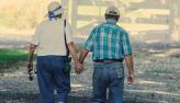 Viver mais de 100 anos: saiba como manter a vida sexual ativa