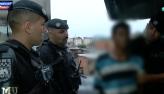 Traficante é preso e rapaz chora após tentativa de fuga: