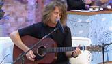 Vitor Kley emociona Faa Morena ao cantar a música