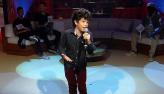 Aos 11 anos, cantor mirim solta a voz no