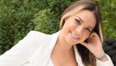 Carol Dantas anuncia carreira como cantora: