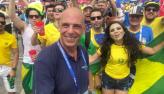 Torcida brasileira dá show na Fan Fest em dia de jogo dramático na Rússia