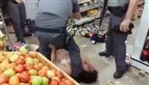 Homem invade supermercado com carro em Bariri