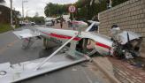 SC: queda de avião monomotor deixa dois homens feridos; vídeo