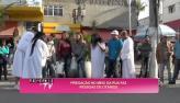 'Prega��o' na rua faz pessoas de ot�rias