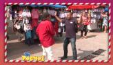 Rapaz deixa pedestres assustados com assalto fajuto