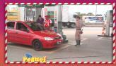 Frentista fajuto 'rouba' placa de carro e arruma confus�o