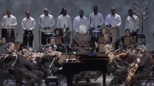 'Estudo sete horas de música por dia', diz maestro João Carlos Martins