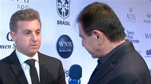 """""""Não vou fugir da raia"""", diz Luciano Huck sobre possível candidatura"""