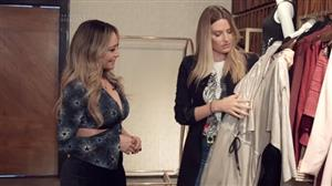Adriana Restum vai às compras com sósia de Gisele Bundchen