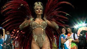 """RedeTV! apresenta os """"Bastidores do Carnaval"""" nesta terça-feira (13)"""
