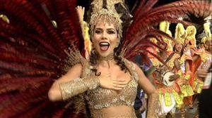 """""""Quero sempre estar no Carnaval"""", exalta Daniela Albuquerque"""