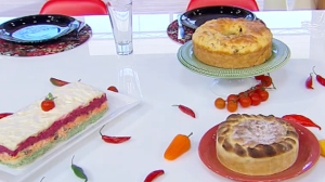 Edu Guedes ensina como fazer receitas de bolos salgados