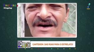 Homem tenta cantar em inglês e envergonha todo mundo