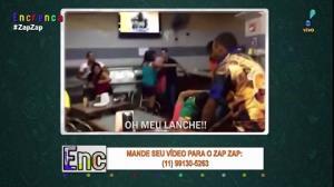 Homem tenta defender lanche durante briga em padaria
