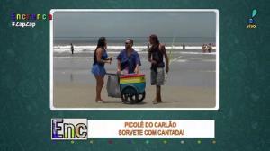 Com Biscui, Carlão vende picolé na praia e dispara cantadas