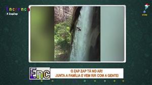 Zap Zap: Homem impressiona com salto de cachoeira enorme