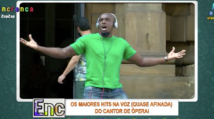 Um grande hit do Molejo na voz (des)afinada do cantor de ópera