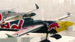 É Incrível: confira a incrível corrida de aviões