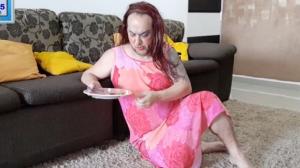 Piada pronta: mãe sendo o filho por um dia
