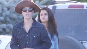 Selena Gomez e Justin Bieber aproveitam folga juntinhos