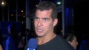 Thiago Martins sobre beijo gay: 'Nem todos est�o preparados'