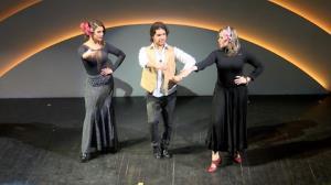 Babi Rossi e Paulinha Leite aprendem a seduzir dan�ando flamenco