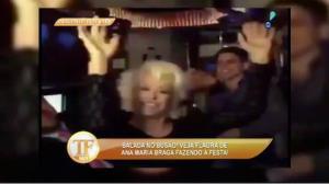 Ana Maria Braga faz festa dentro de �nibus