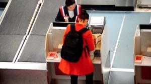 Paolla Oliveira tira folga de novela e � vista em aeroporto