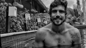 Cinco anos depois, Caio Castro admite que teve nude vazado na internet