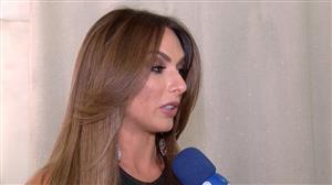 Nicole Bahls brinca que Marcelo Bimbi faz pressão por casamento