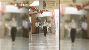 Maria Casadevall exibe novo visual em passeio pelo shopping