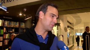 """Tadeu Schmidt admite desejo de comandar atração infantil: """"Combina muito"""""""