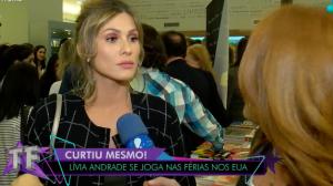 """Livia Andrade fala sobre volta de Silvio Santos: """"Está com a corda toda"""""""