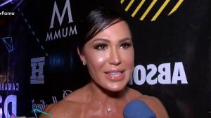 """Gracyanne Barbosa diz que não descarta fazer sexo a três: """"Nada contra"""""""