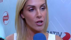 """Ana Hickmann treina às 5h da manhã: """"Busco envelhecer com qualidade"""""""