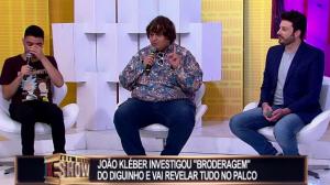Danilo Gentili e Diguinho Coruja 'lavam roupa suja' no João Kléber Show